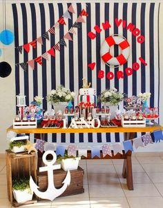 Mesa de festa  decoração para meninos: navegar é preciso! (crédito da foto: blog encontrando ideias)