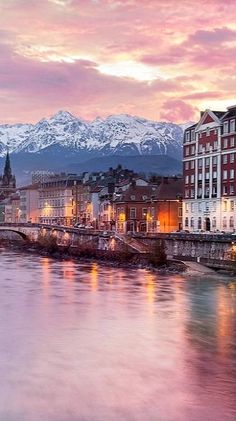 Grenoble, at the foot of the French Alps (Rhône-Alpes region), France | by Loïc Echene on 500px
