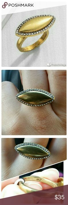 SILPADA Navette RING Beautiful brass and crystal ring! SIZE 9 New, only on for pictures. Eye catcher for sure!! Silpada Jewelry Rings