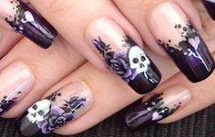 Diseños de uñas góticas estilo, diseño de uñas góticas calaveras.  Únete al CLUB, síguenos! #uñasdecoradas #acrylicnails #uñasdeboda