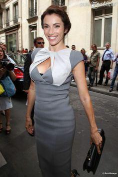 Aure Atika arrive au Pavillon Cambon pour le défilé Elie Saab haute couture. Paris, le 4 juillet 2012.