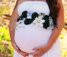 Brilliant Black and White Floral Maternity Sash - Pregnancy Belt - Photo Shoot - Photos - Pregnancy - Flowers - Photography Prop - Jewelled - pinned by pin4etsy.com