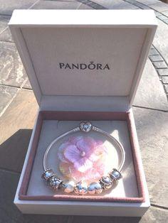 Authentic Pandora Sterling Silver 7.5 Heart Bracelet w 7 Pandora Charms Clips