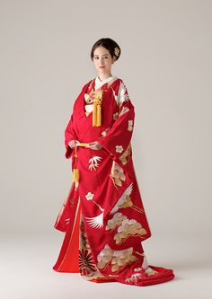Traditional Wedding Attire, Traditional Gowns, Traditional Kimono, Japanese Costume, Japanese Kimono, Kabuki Costume, Japan Outfit, Wedding Kimono, Kimono Pattern