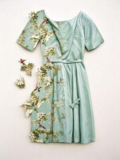 'wallflower' dress sculpture / ron isaacs