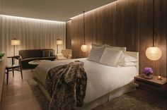 The London EDITION Hotel. Produced by Inlight International Design by Yabu Pushelberg London Hotels, Edition Hotel, Hotel Room Design, Hotel Interiors, Hotel Suites, Guest Room, House Design, Interior Design, Decoration