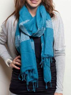 Have you seen the newest Feleku color? Loving some Mediterranean Blue!!