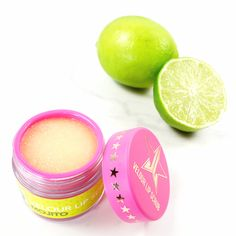 Marisa Robinson Makeup Artist Jeffree Star Velour Lip Scrub // Put down your cocktails ladies because you're about to have the greatest Mojito of your life! #makeup #beauty #makeupflatlay #motd #jeffreestar #lipscrub #mojito