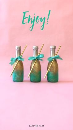 59 Ideas Wedding Diy Videos Favors Mini Champagne For 2019 Bridal Shower Favors, Wedding Favors, Our Wedding, Wedding Gifts, Party Favors, Bridal Showers, Trendy Wedding, Wedding Decorations, Wedding Souvenir