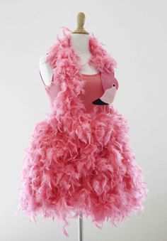 Flamingo Kostüm halloween costumes Last Minute Kostüm: Flamingo Flamingo Halloween Costume, Disney Halloween Costumes, Cool Costumes, Funny Costumes, Creative Costumes, Family Costumes, Halloween Parties, Halloween Outfits, Halloween Makeup