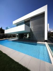 Residence in Ekali, Athens by I.S.V Architects Perfect spot for some modern Van de Sant lounges. www.vandesant.com
