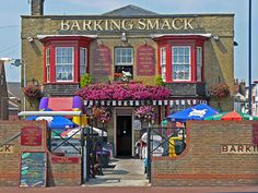 The Barking Smack Pub in Great Yarmouth, Norfolk, England British Pub, Great British, Seaside Resort, Seaside Towns, Canterbury Kent, Norfolk England, Great Yarmouth, Living In England, Garden Cafe