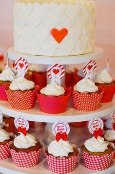 Torre de cupcakes - chá de panela manoelaj@gmail.com