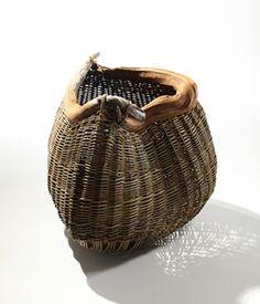 Joe Hogan makes baskets at Loch na Fooey