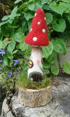 Fairy by FeltbyLisa Wet Felting, Needle Felting, Felt Crafts, Diy And Crafts, Felt Mushroom, Hedgehog Craft, Felt Pictures, Felt Fairy, House Ornaments