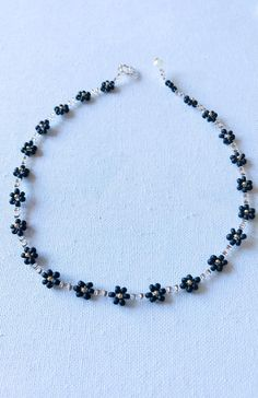 Seed Bead Necklace, Diy Necklace, Necklace Designs, Beaded Jewelry Designs, Beaded Choker Necklace, Bead Jewellery, Seed Beads, Jewelry Patterns, Bracelet Patterns