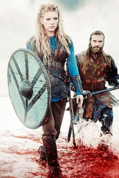 Forged by Fantasy. Ok...Both Ragnar and Rollo look to have aged, but Lagertha is getting younger. Being an Earl has been good for her.