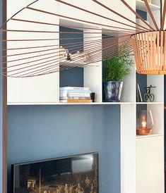 Maatwerk interieur ontwerp • Interieur design by nicole & fleur • #vakkenkast #petitfriture #copper #Blauwemuur #interieurdesign Blinds, Copper, Curtains, Garden, House, Home Decor, Garten, Decoration Home, Home