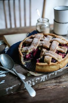 apple blueberry hazelnut deep-dish pie