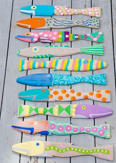 Made from old fence pickets. Had a painting party. - - Made from old fence pickets. Had a painting party. Fish Crafts, Beach Crafts, Wood Projects, Craft Projects, Old Fences, Driftwood Art, Fish Art, Paint Party, Beach Art