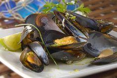 Cozze al vapore #Star #ricette #recipes #cozze #pesce #prezzemolo