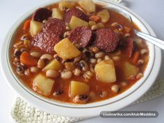 pasulj sa kobasicom i krompirom