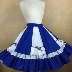 Malco Modes Square Dance Skirt Royal Blue & White Eyelet with Pockets Dance Outfits, Dance Dresses, Dress Outfits, Fashion Outfits, Rockabilly Clothing, Rockabilly Outfits, Clogs Outfit, Square Dance, Dance Fashion