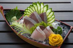 Sushi Sauce, Sashimi Sushi, Best Sushi, Sushi Art, Seafood Restaurant, Aesthetic Food, Vegan Foods, Seafood Dishes, Food Design