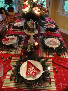 Creative Christmas table.