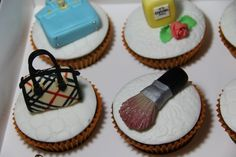 Birthday Cosmetic and Fashion Cupcakes 12