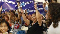 La campaña de la candidata demócrata a la Casa Blanca,  Hillary Clinton,  lanzó este domingoun programa para movilizar a los jóvenes indocumentados, conocidos como 'soñadores',para que