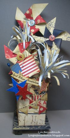 Lyn's Paper Petunia: Stars and Stripes