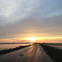 Passage du Gois, the flooded road between Île de Noirmoutier and the rest of France. The road can only be travelled at low-tide.