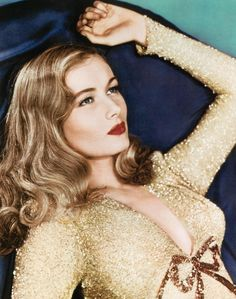Veronica Lake - there's something very modern about her though this shot is from the 1940s