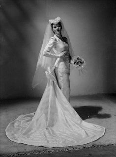 A stunning wedding dress from May 1948. Bride, vintage wedding gown, dress