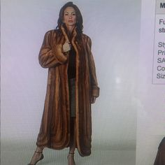 3/4 to FULL LENGTH MINK COAT Beautiful piece.  TIMELESS. YOU COULD BUY THIS AND SALE AND MAKE MONEY!!! 3/4 Length Jackets & Coats