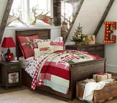 Pottery Barn Kids offers kids & baby furniture, bedding and toys designed to delight and inspire. Pottery Barn Kids, Pottery Barn Christmas, Christmas Bedding, Christmas Home, Plaid Christmas, Merry Christmas, Xmas, Kids Barn, Quilt Bedding