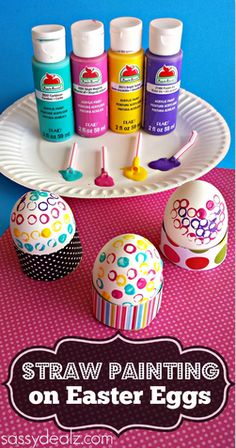 Decorate Easter Eggs with Straws and Paint #easter craft for kids