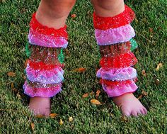 Red and Green Glitter Ruffle Leg Warmers by babyOclothing on Etsy Girls Christmas Outfits, Green Glitter, Leg Warmers, Girl Outfits, Legs, Cute, Baby, Fashion, Leg Warmers Outfit