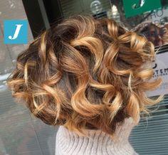 #bob Taglio Punte Aria e Degradé Joelle Honey #cdj #degradejoelle #tagliopuntearia #degradé #igers #croissant #hair #hairstyle #haircolour #longhair #ootd #hairfashion #madeinitaly #wellastudionyc