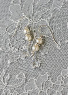 Vintage Inspired Pearl Diamante Earrings