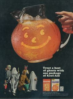 """Kool-Aid flavored drink mix VINTAGE ADVERTISEMENTS FOR HALLOWEEN"""" I love the illustration and the graphic of retro advertisement, always make me smile! So i selected for you 40 vintage ads for Halloween. Hope you will enjoy! Dulces Halloween, Bonbon Halloween, Halloween Candy, Holidays Halloween, Halloween Themes, Happy Halloween, Halloween Decorations, Halloween Costumes, Halloween Halloween"""