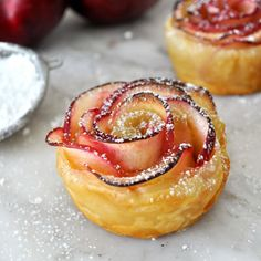 Impress your guests with this beautiful rose-shaped dessert made with lots of soft and delicious apple slices, wrapped in puff pastry.