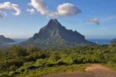 View from the Belvedere Lookout on Moorea, French Polynesia