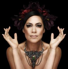 A behind-the-scenes video of Kate's photo shoot for her new album, Kensal Road, out July 19th!!! Woo Hoo!!! http://www.contactmusic.com/video/kate-ceberano-bts-on-kensal-road-photo-shoot