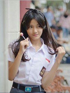 Japanese School Uniform Girl, School Uniform Girls, High School Girls, Asian Woman, Asian Girl, Cute School Uniforms, Lovely Eyes, Indonesian Girls, School Girl Outfit