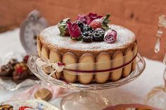 Stanche delle torte multipiano? Torna la torta nuziale piana: idee e soluzioni!