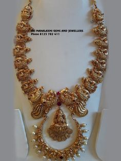Gold Temple Jewellery, Real Gold Jewelry, Indian Wedding Jewelry, Bridal Jewelry, India Jewelry, Gold Bangles Design, Gold Earrings Designs, Gold Jewellery Design, Gold Designs