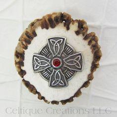 Celtic Cross Handmade Deer Antler Kilt Pin Cap Badge #celticcross #kiltpin #capbadge #handmade #deerantler #celtiquecreations