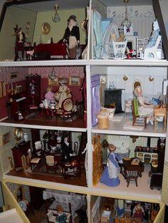 Childhood Delight~Doll Houses